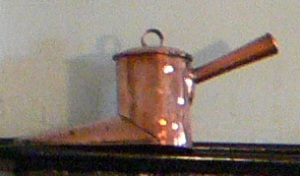 Copper boot ale muller with lid and short handle