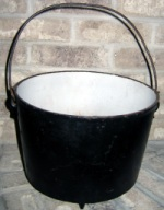 White enamel coating inside iron stew pot